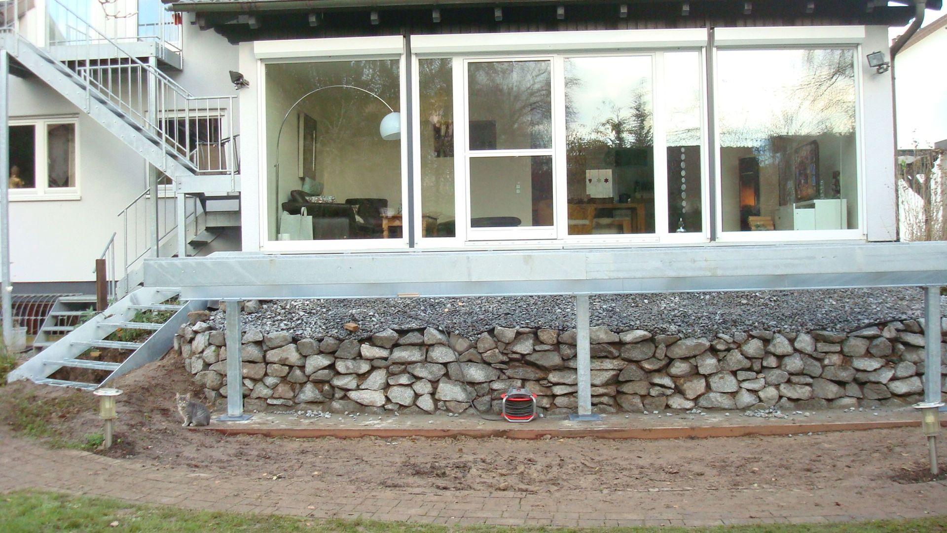 071--Balkon-Gelaender-Montage.JPG