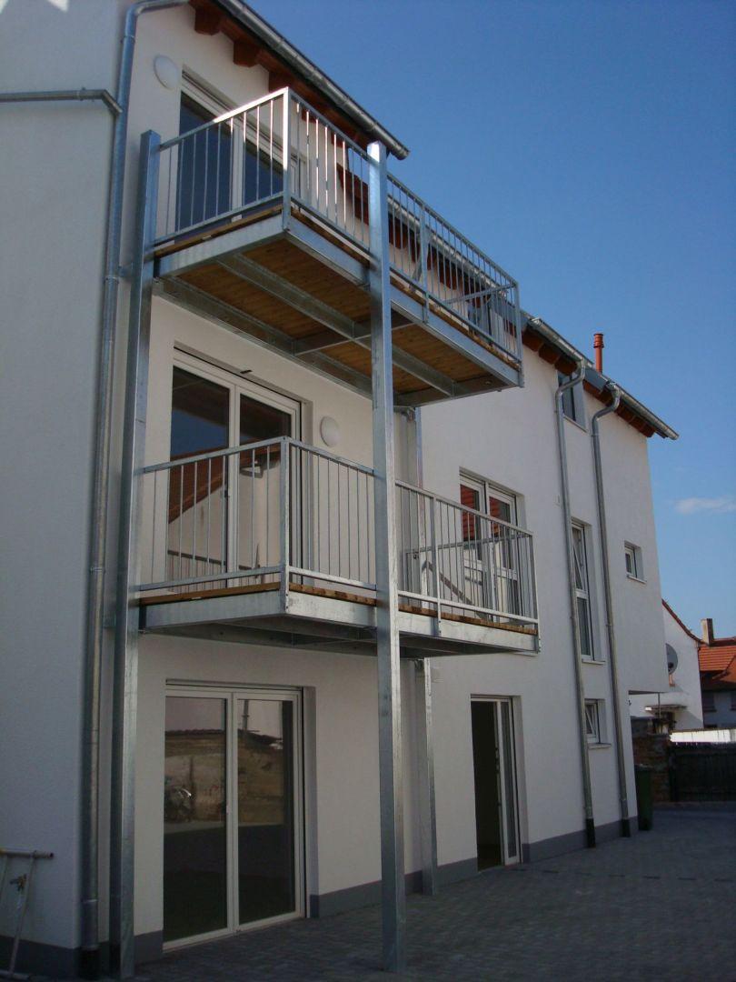 211--Stahlbalkone.JPG