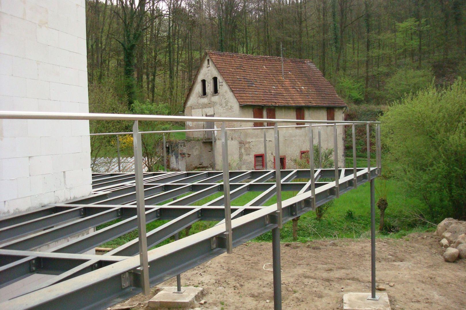 219--Stahlbalkone.JPG