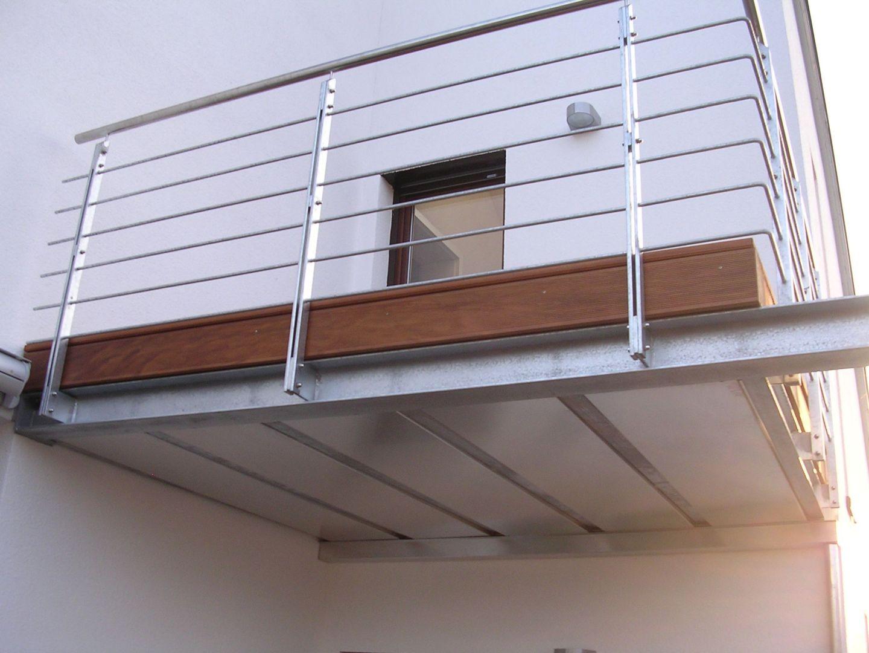 230--Stahlbalkone.JPG