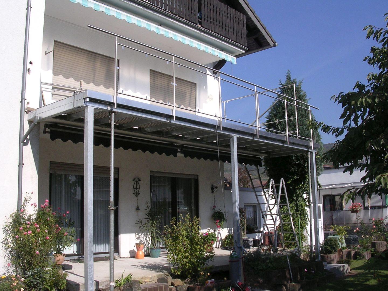232--Stahlbalkone.JPG