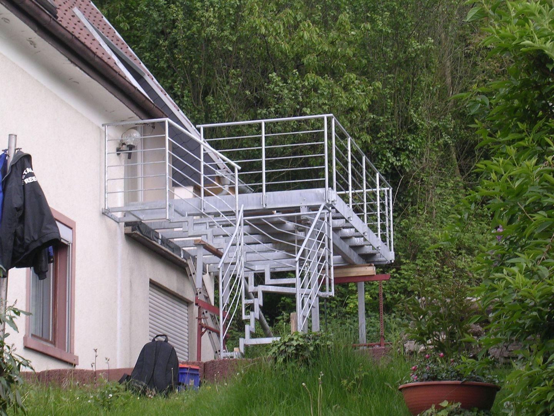 235--Stahlbalkone.JPG