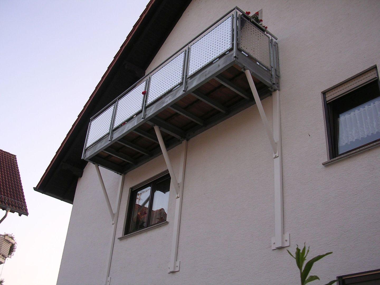 237--Stahlbalkone.JPG